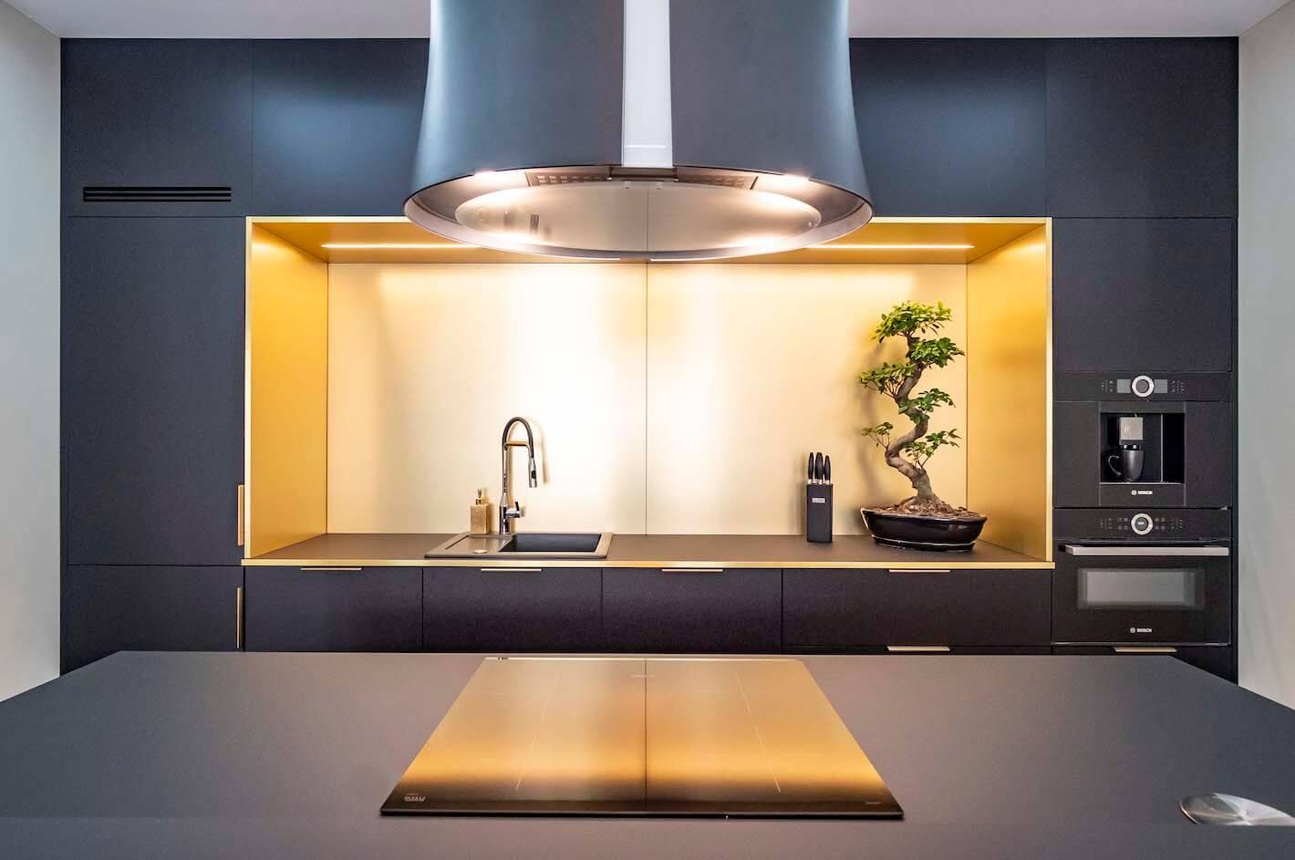 oswietlenie-blatu-w-kuchni-jakie-rozwiazanie-wybrac